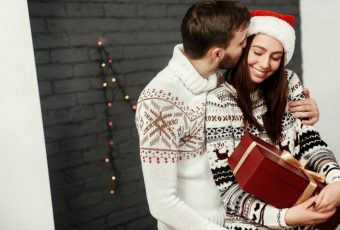 What To Get Your Girlfriend For Christmas 2018 | Top 60 Best Cute Gifts