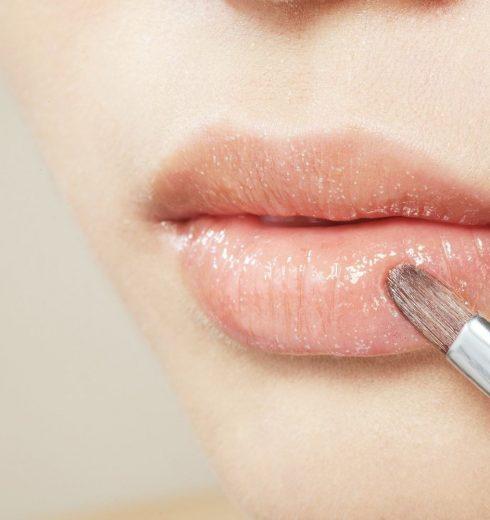 10 Best Drugstore Lip Plumper Glosses Review