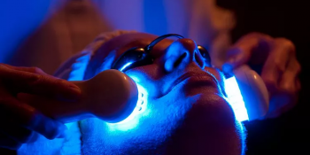 8+ Best Blue Light Therapy for Acne: 2020 Review